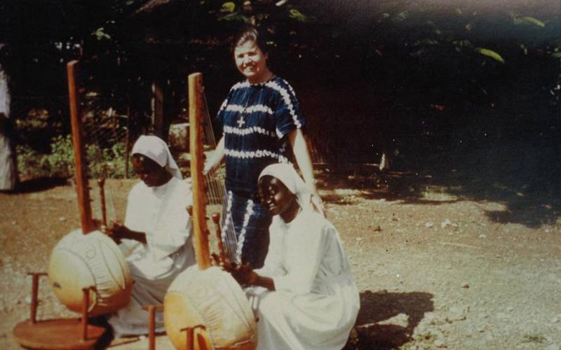 Adoración Bolívar en Mali (años 80)