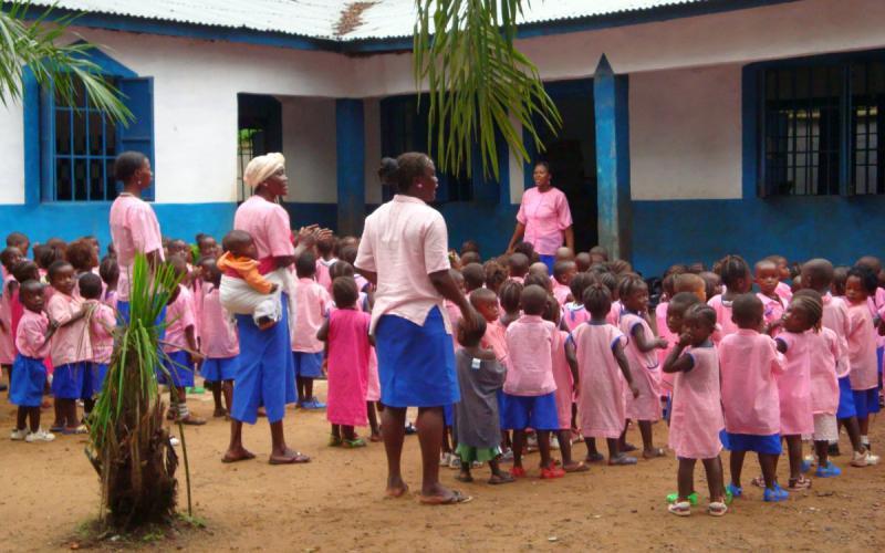Guardería en Madina, al norte de Sierra Leona, construida por Chema Caballero y los javerianos