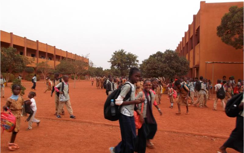 Escuela Salesianas en Bamako construida por Manos Unidas