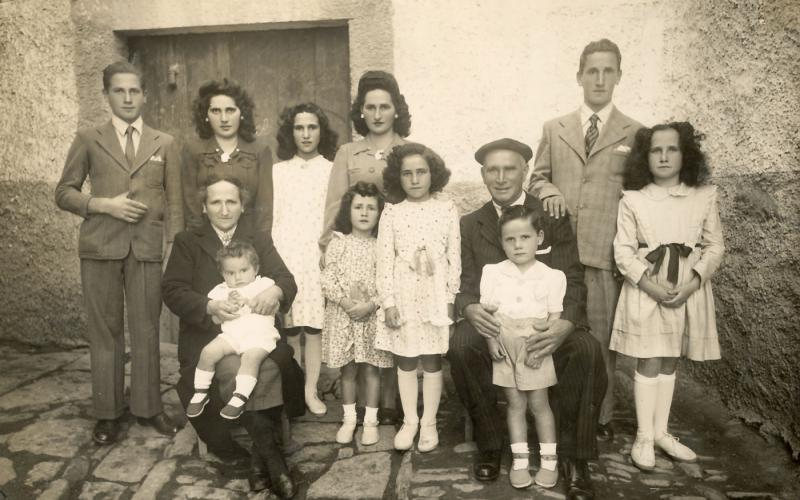 Foto de familia de Lázaro Bustince